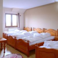 Cameră cu 4 paturi
